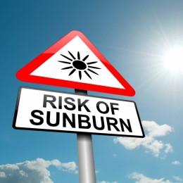 Can sunscreen help decrease the risk of sunburn?